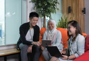 ACE your career progression with the Maxis Graduate Programme